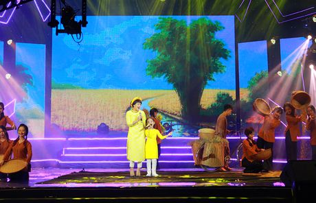 Nhu Minh - Ha My dang quang 'Nhi tai nang 2016' - Anh 5
