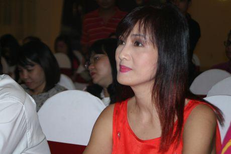Hoa hau Dang Thu Thao, Ngoc Diem, dien vien Hien Mai van dong gop quy 'Nang buoc tuong lai' - Anh 3