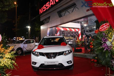 Xuong Nissan lau doi nhat Ha Noi thanh dai ly 3S - Anh 1