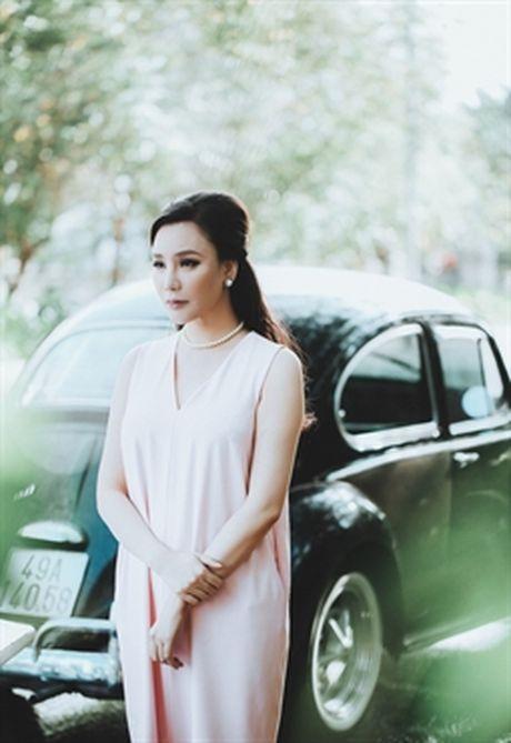 Ho Quynh Huong khong muon vuong scandal tinh ai - Anh 1