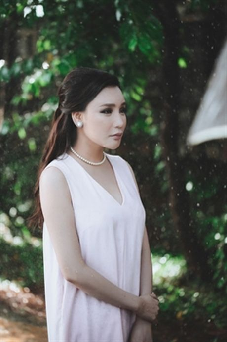 Ho Quynh Huong khong muon vuong scandal tinh ai - Anh 4