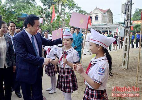 Pho Thu tuong Vuong Dinh Hue du ngay hoi Dai doan ket o TX. Cua Lo - Anh 1