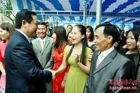 Pho Thu tuong Vuong Dinh Hue du ngay hoi Dai doan ket o TX. Cua Lo - Anh 2
