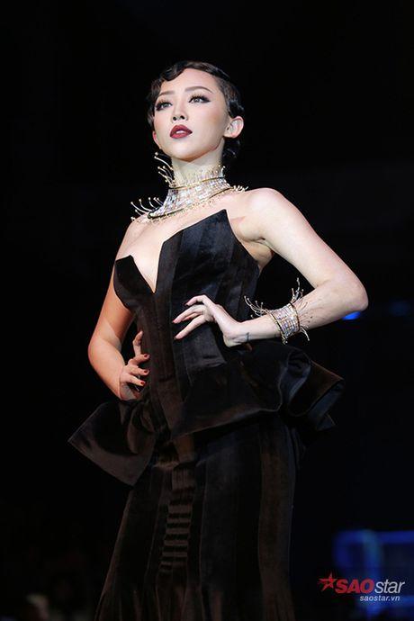 Nhung lan 'da cheo' san, dien catwalk cua cac 'chien binh' The Remix - Anh 5