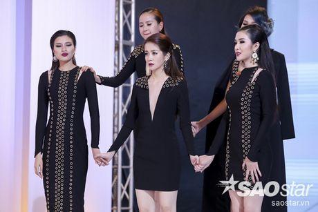 Ban de y khong, moi show truyen hinh deu co mot nhan vat 'lech pha' an tuong nhu the nay! - Anh 1