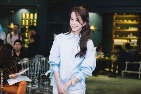 Ban de y khong, moi show truyen hinh deu co mot nhan vat 'lech pha' an tuong nhu the nay! - Anh 2