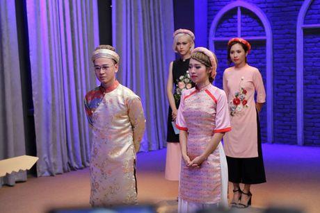 Ban de y khong, moi show truyen hinh deu co mot nhan vat 'lech pha' an tuong nhu the nay! - Anh 6