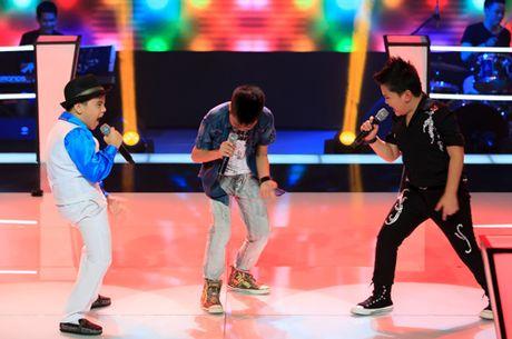 Nhung tiet muc 'cuoi lan, cuoi bo' tren san khau The Voice Kids sau 4 mua - Anh 1