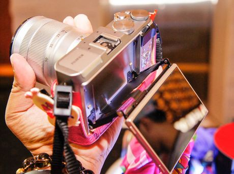 Fujifilm trinh lang may anh ho tro 'tu suong' X-A3 - Anh 2