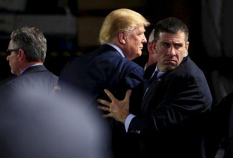 Mat vu My dung biet danh 'ong trum' cho Donald Trump - Anh 1