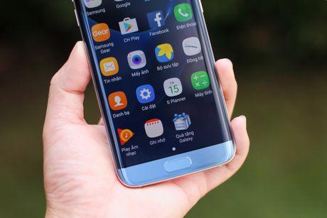 Dap hop Samsung Galaxy S7 edge xanh san ho gia 18,5 trieu - Anh 11