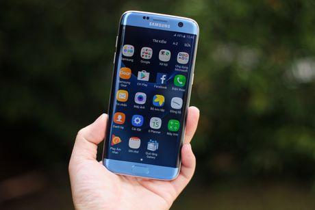 Dap hop Samsung Galaxy S7 edge xanh san ho gia 18,5 trieu - Anh 12