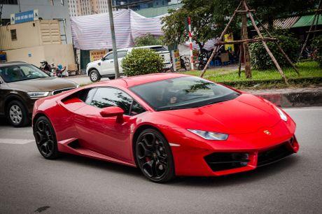 Sieu xe Lamborghini 20 ty dau tien tai Viet Nam xuong pho - Anh 1