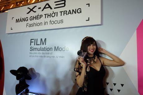 Anh Fujifilm X-A3 co man hinh lat chup selfie gia 13,9 trieu - Anh 8