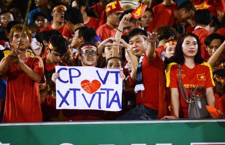 CDV Can Tho treo rao xem tuyen Viet Nam thi dau - Anh 2