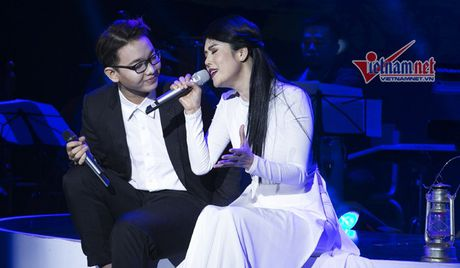 Thu Phuong thao giay lung lieng, roi trach... Quang Linh - Anh 4