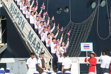 Don hon 320 thanh nien tu 10 nuoc ASEAN va Nhat Ban - Anh 2