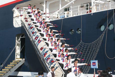 Don hon 320 thanh nien tu 10 nuoc ASEAN va Nhat Ban - Anh 3