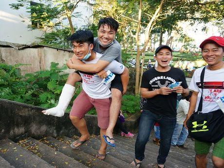 Tuyen Viet Nam gay 'sot', san Can Tho nem chat CDV - Anh 4