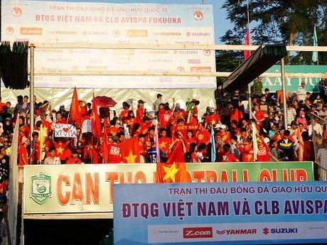 Tuyen Viet Nam gay 'sot', san Can Tho nem chat CDV - Anh 8