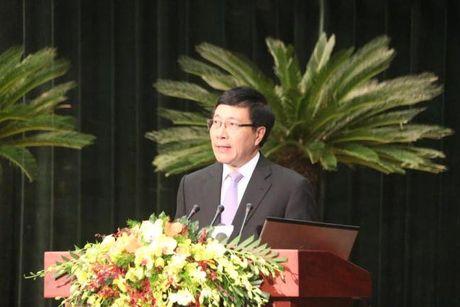 Khai mac Hoi nghi nguoi Viet Nam o nuoc ngoai toan the gioi: Kieu bao la cau noi cua Viet Nam va the gioi - Anh 1