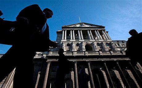 BoE than trong trong boi canh doanh nghiep 'phong toa' von dau tu - Anh 1