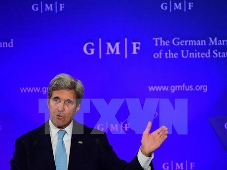 Ngoai truong Kerry hy vong ong Trump khong phan doi TPP - Anh 1
