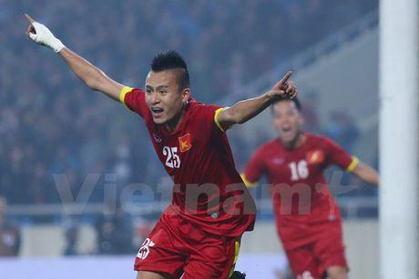 Doi tuyen loai nhieu cuu binh, Huu Thang uu tien suc tre tai AFF Cup - Anh 2