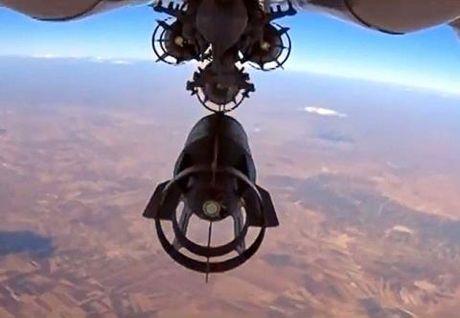 Khong quan Nga khong kich kinh hoang xuong Aleppo - Anh 1