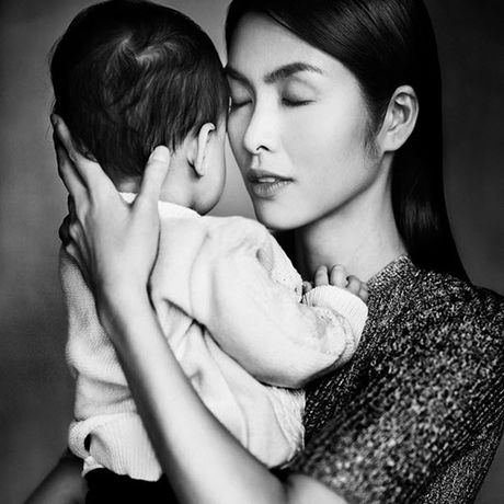 Tang Thanh Ha bau lan hai da duoc 6 thang - Anh 1