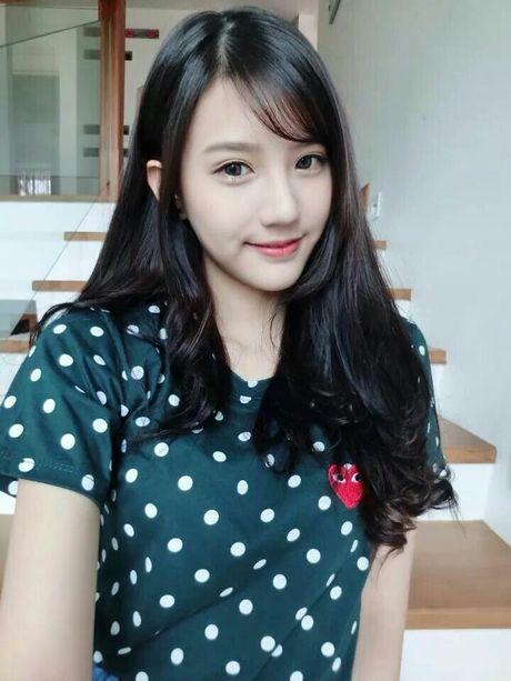 Nhung hot girl duoi 17 tuoi noi tieng phong phao xinh dep - Anh 10