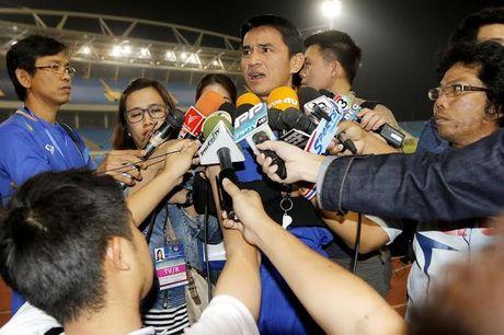 DT Thai Lan tuyen bo doc toan luc cho AFF Cup 2016 - Anh 1