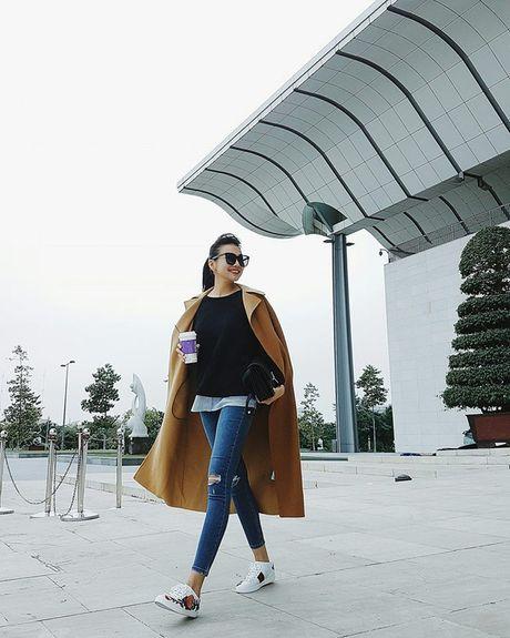 Ngam street style cua sao Viet nhung ngay dau dong - Anh 4