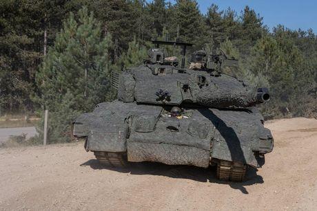 'Dap chan' cho tang Challenger 2, nguoi Anh khiep via T-14 Armata? - Anh 10