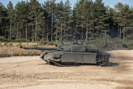 'Dap chan' cho tang Challenger 2, nguoi Anh khiep via T-14 Armata? - Anh 13