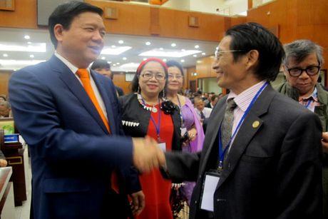 Bi thu Thanh uy TP. HCM Dinh La Thang: Kieu bao ve que huong 'nhu cay co coi, nhu song co nguon'! - Anh 2