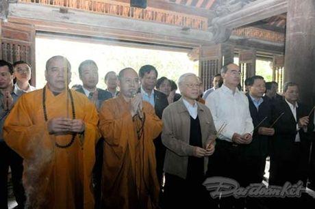 Tong Bi thu du Ngay hoi dai doan ket tai thon Phat Tich, Bac Ninh - Anh 3