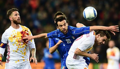 Cuoc dua Tay Ban Nha - Italy: Quyet liet ngoi dau - Anh 1