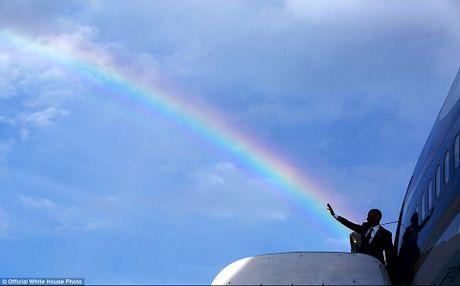 Nhung hinh anh se di vao lich su cua Tong thong Obama - Anh 21