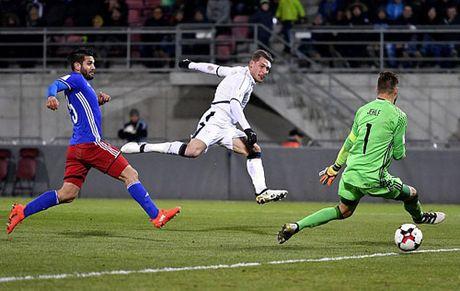 """Liechtenstein - Italia: Ruc ro """"sat thu"""" tre - Anh 1"""
