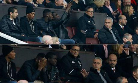 """Mourinho """"chua ngoa"""" nhat NHA: Ai cung khiep via - Anh 2"""