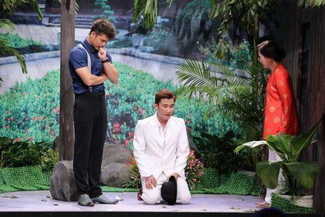 Tran Thanh bi Trung Dan 'hanh' trong 'On gioi, cau day roi' - Anh 9