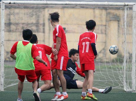 THPT Tran Quoc Tuan va THPT Nguyen Thi Minh Khai vao chung ket - Anh 2