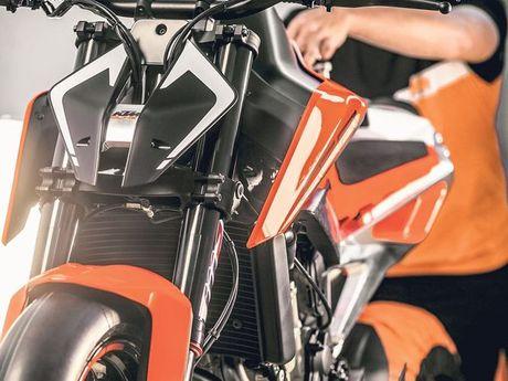 KTM khang dinh san xuat dong co 2 xi-lanh thang hang - Anh 4
