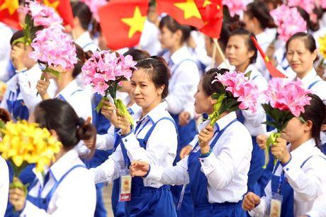Xay dung 15 thiet che phuc vu doi song cong nhan lao dong - Anh 1