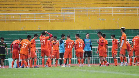 HLV Nguyen Huu Thang chot danh sach doi tuyen Viet Nam du AFF Cup - Anh 1