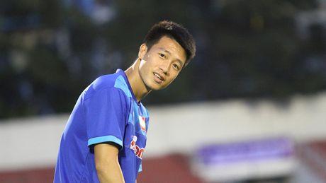 HLV Nguyen Huu Thang chot danh sach doi tuyen Viet Nam du AFF Cup - Anh 2