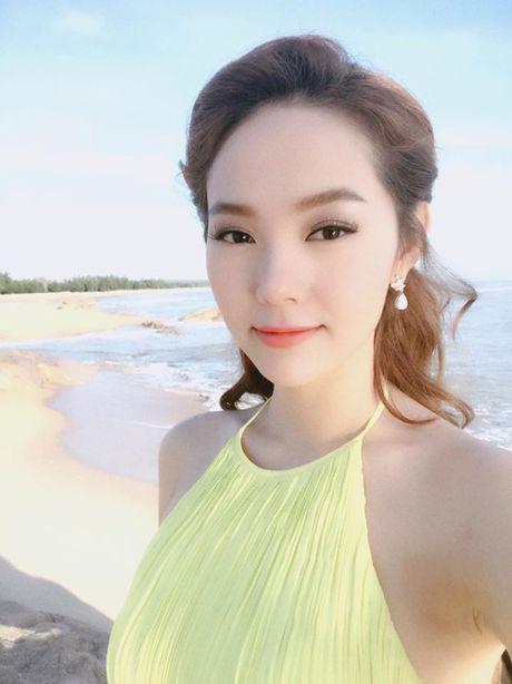 Facebook Sao: Elly Tran xuong bep tao moi quan he voi ekip, Ngoc Trinh ngu nuong cuoi tuan - Anh 8