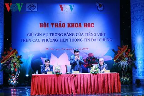 Vi su trong sang tieng Viet - Anh 1