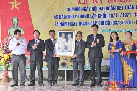 Pho Chu tich UBND tinh Le Xuan Dai du ngay hoi Dai doan ket o TX Thai Hoa - Anh 4